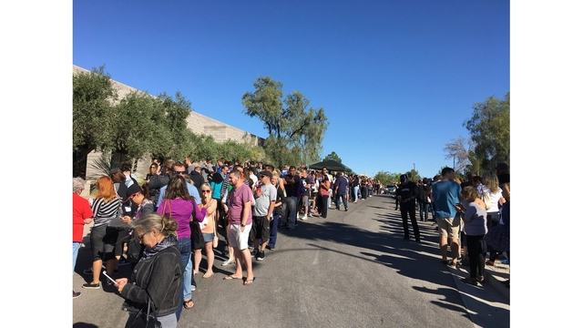 Long line to donate blood in Las Vegas