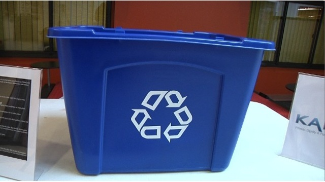 University students make efforts to recycle on campus