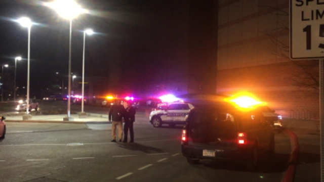 UPDATE: 2 Stabbed at Mall of America